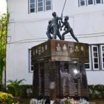Ananda College War Memorial Statue